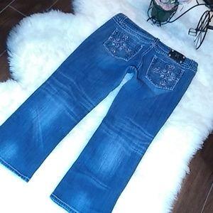 Miss Me  Buckle Jeans Easy Capri Size 34/23